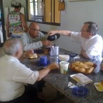 Padre Israel recebe Dom Celio na Fazendinha (11)