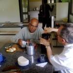 Padre Israel recebe Dom Celio na Fazendinha (12)