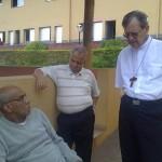 Padre Israel recebe Dom Celio na Fazendinha (3)