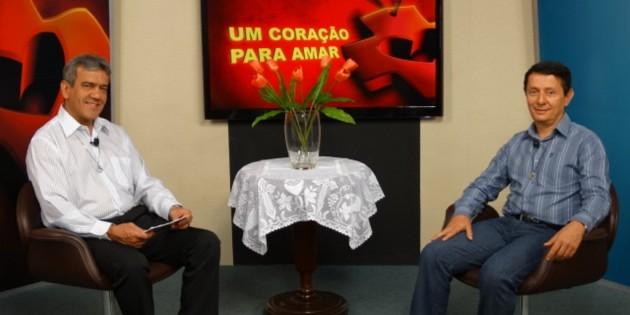Padre Mário Marcelo Coelho no programa Um Coração Para Amar